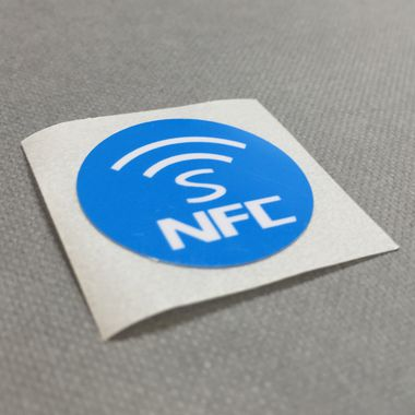 NFC printed NTAG213 sticker by Oomph